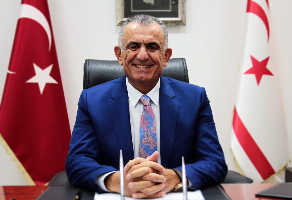 KKTC Milli Eğitim Bakanı Çavuşoğlu Londra'ya geliyor