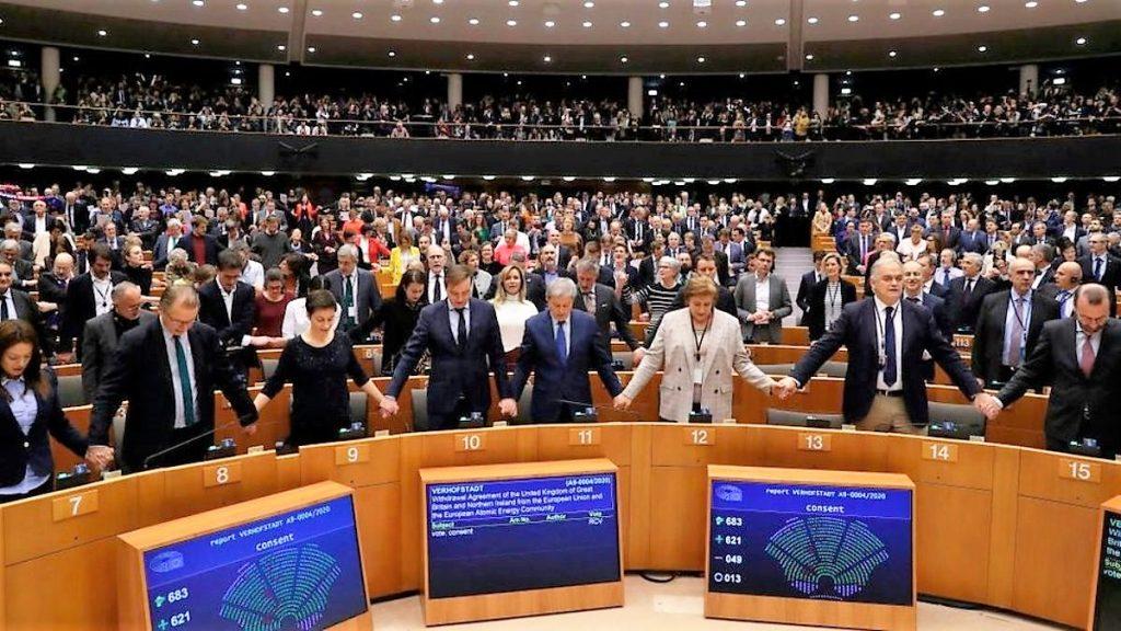 Avrupa Parlamentosu İngiltere'nin Brexit anlaşmasını onayladı