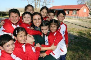 Dünya'nın en iyi öğretmenlerinden Dilek Livaneli Londra'da