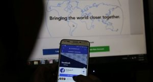 Facebook'ta fazla vakit geçiren eşini öldüren adam tutuklandı