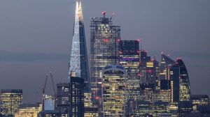 İngiltere'de maaş adaletsizliği: En büyük patronlar ortalama yıllık maaşı '3 günde' kazanıyor