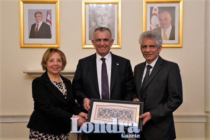 KKTC Milli Eğitim Bakanı Çavuşoğlu Londra temaslarını sürdürüyor