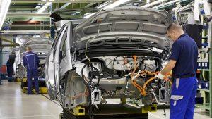 Brexit 2019'da İngiliz otomotiv sektörünü vurdu