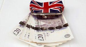 Brexit İngiltere'ye pahalıya patlıyor