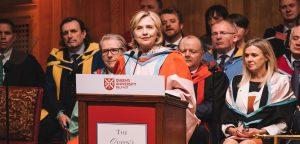 Kuzey İrlanda bir üniversite Hillary Clinton'ı fahri rektör ilan etti