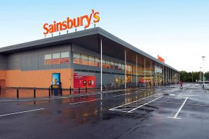 İngiliz süpermarket zinciri Sainsbury's, bazı ürünlerin bitebileceği uyarısında bulundu