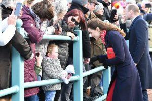 """3 yaşındaki kız Kate Middleton'a """"Prensese benzemiyorsun"""" dedi"""