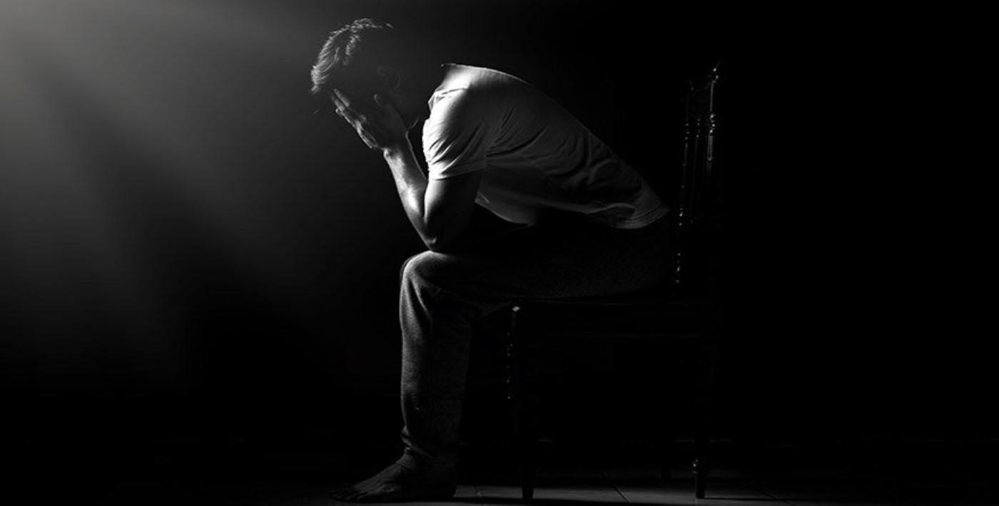 İngiltere'de yılda 6 bin 500 kişi intihar ediyor