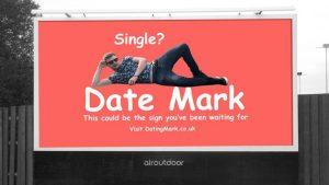 14 Şubat'ı yalnız geçirmek istemeyen İngiliz reklam panosuna ilan verdi