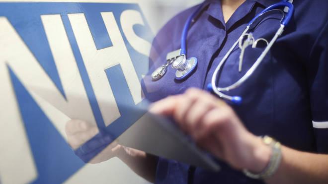 NHS çalışanları 'evinde kal' çağrısı yaptı