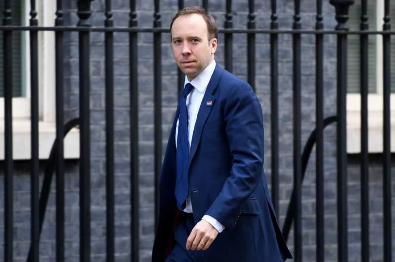 İngiltere Sağlık Bakanından sokağa çıkma yasağı sinyali: Salgını önlemek için bunu yapabiliriz