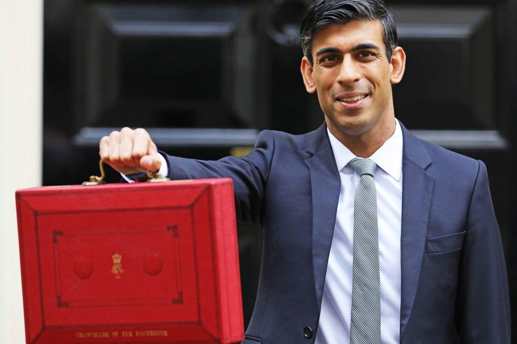 Perakende, eğlence ve konaklama şirketlerine karantina döneminde £9.000'kadar destek paketi