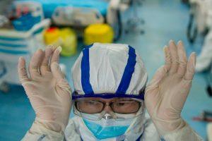 İngiltere'de Koronavirüs: Vaka sayısı 5 bin 18, ölü sayısı 233