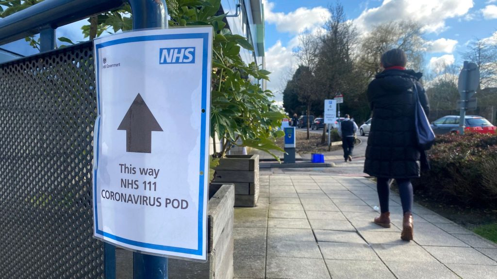 Coronavirus UK: 181 deaths in just 24 hours as PM and Health Secretary test postive