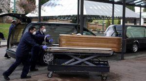 İspanya'da terk edilmiş huzurevlerinde kalan yaşlılar yataklarında ölü bulundu