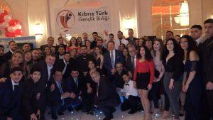 Kıbrıs Türk Gençlik Birliği İngiltere Balosu yoğun katılımla gerçekleşti