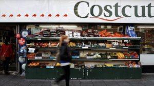İngiltere'de enflasyon virüs darbesi öncesi yavaşladı