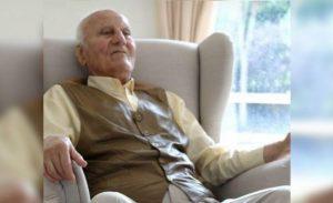 İngiltere'de yaşayan Kıbrıslı Ahmet Ömer'in korona sebebiyle hayatını kaybettiği duyuruldu