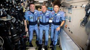 Uzay İstasyonu mürettebatı geçen yıl bıraktığından çok farklı bir dünyaya döndü