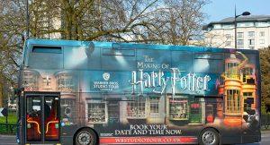 Harry Potter otobüsleri sağlık çalışanlarına ücretsiz ulaşım hizmeti verecek