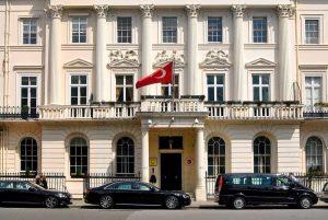 Türkiye'ye dönmek isteyen vatandaşlara Büyükelçilikten kısı süreli başvuru şansı