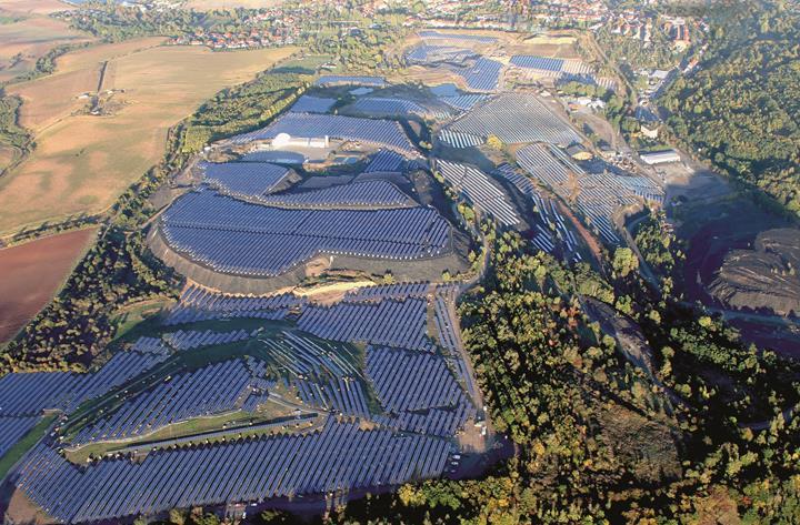 İngiltere ve Almanya güneş enerjisi üretiminde rekor kırdı