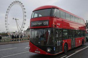Londra'daki otobüs şoförleri için Koronavirüse karşı yeni önlem