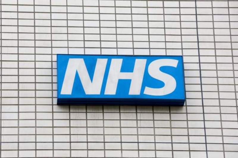 The government can only 'afford only 1% pay rise for NHS staff '