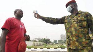 Nijerya'da Korona önlemlerinden sorumlu güvenlikçiler virüsten daha fazla insan öldürdü