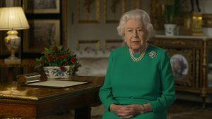 Kraliçe Elizabeth pinti çıktı