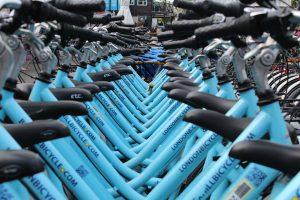 İngiltere'de yürüyüş ve bisiklet kullanımının artırılması için 2 milyar pound ayrılıyor