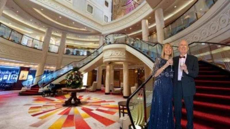 İngiliz çift 50'inci evlilik yıl dönümlerini sürpriz sanal tatille kutladı