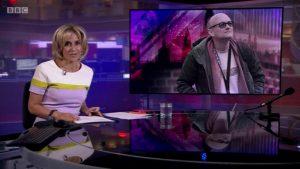 Sunucusunu 'tarafsız' olmamakla eleştiren BBC yönetimi tepki çekti