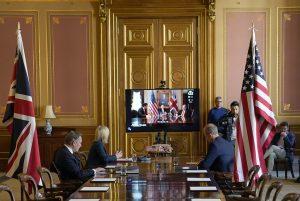 İngiltere serbest ticaret için ABD ile müzakerelere başladı