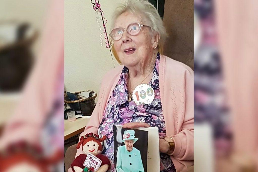 100 yaşındaki İngiliz kadın 3 hastalığın ardından koronavirüse de yendi