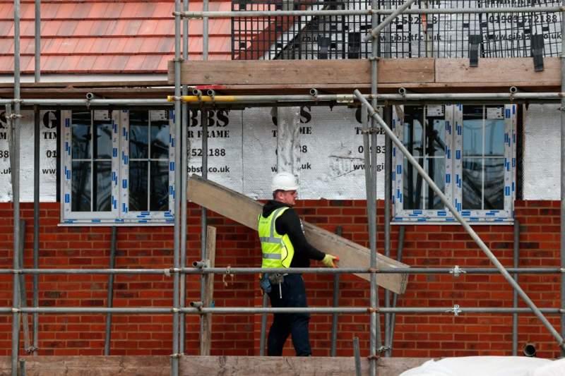 İngiltere ekonomisi 2008'den bu yana en hızlı daralmasını yaşadı