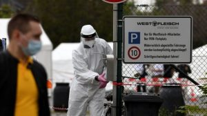 Almanya'da kısıtlamaların hafifletilmesinin ardından vaka sayısında artış tespit edildi
