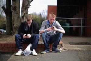 İngiltere'de 25 yaş altı işsizlerin sayısı 1 milyonu aşabilir
