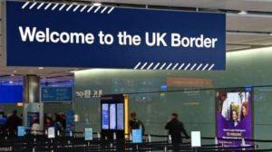 Fransa ve İrlanda'dan gelenler 2 haftalık karantinaya alınmayacak