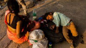 Koronavirüs salgını 60 milyon kişiyi aşırı yoksulluğa itebilir