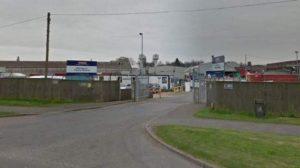 İngiltere'de bir gıda fabrikası daha koronavirüs vakaları nedeniyle kapatıldı