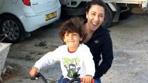 7 yaşındaki oğlunu 31 bıçak darbesiyle öldüren anneye müebbet hapis cezası