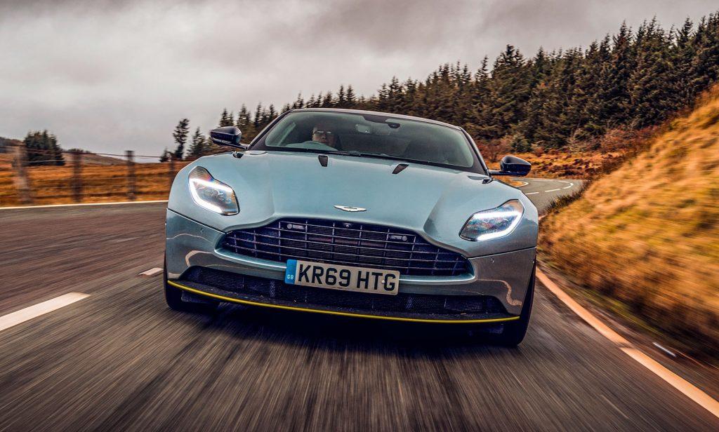 Otomobil üreticisi Aston Martin 500 çalışanını işten çıkaracak