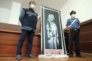 Banksy'nin çizdiği ve çalınan Bataclan kapısı İtalya'da bulundu