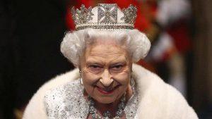 Kraliçe Elizabeth'in 'sır mektupları' yayınlanacak