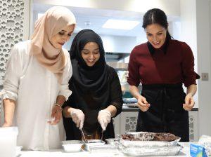 Grenfell Tower kurbanlarını anan Meghan Markle Müslüman kadınlara teşekkür etti