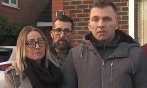 Yanlışlıkla 30 saat gözaltına alınan İngiliz çift 200 bin pound tazminat kazandı