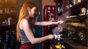 Koronavirüs krizi gençlerde işsizlikle ilgili kaygılara neden oluyor