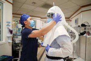 Birleşik Krallık'ta koronavirüsten 15 kişi hayatını kaybetti