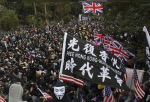 İngiliz hükümeti Hong Konglulara vatandaşlık vermeyi planlıyor